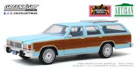 Ford  - LTD Country Squire 1979 blue/wood - 1:18 - GreenLight - 19066 - gl19066 | The Diecast Company