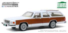 Mercury  - Grand Marquis 1989 white/wood - 1:18 - GreenLight - 19067 - gl19067 | The Diecast Company