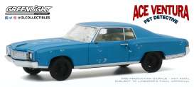 Chevrolet  - Monte Carlo 1972 blue - 1:43 - GreenLight - 86564 - gl86564 | The Diecast Company