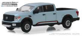 Nissan  - Titan XD Pro-4x 2018 grey - 1:64 - GreenLight - 47040F - gl47040F | The Diecast Company