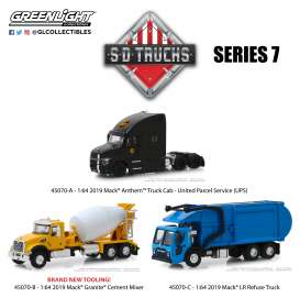 Assortment/ Mix  - 2019 various - 1:64 - GreenLight - 45070 - gl45070 | The Diecast Company
