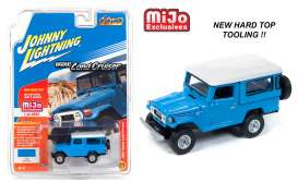 Toyota  - Land Cruiser blue - 1:64 - Johnny Lightning - cp7161 - jlcp7161 | The Diecast Company