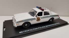 Dodge  - Diplomat *Washington DC* white - 1:43 - First Response - frdip127 | The Diecast Company