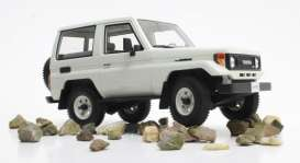 Toyota  - Landcruiser 1984 white - 1:18 - Cult Models - CML067-1 - CML067-1 | The Diecast Company