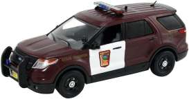 Ford  - burgundy/white - 1:43 - First Response - frfdu115 | The Diecast Company