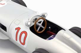 Mercedes Benz  - W196 1955 silver - 1:18 - iScale - 118000000010 - iscale118010 | The Diecast Company
