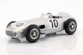 Mercedes Benz  - W196 1955 silver - 1:18 - iScale - 118000000012 - iscale1180012 | The Diecast Company