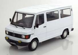 Mercedes Benz  - 207/208D Bus 1988 white - 1:18 - KK - Scale - 180291 - kkdc180291 | The Diecast Company