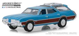 Oldsmobile  - Vista Cruiser 1970 viking blue/wood - 1:64 - GreenLight - 29950D - gl29950D | The Diecast Company