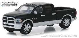 Ram  - 2500 Big Horn 2018 black/silver - 1:64 - GreenLight - 30047 - gl30047 | The Diecast Company