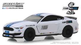 Ford  - Mustang 2016 white/blue stripes - 1:64 - GreenLight - 30052 - gl30052 | The Diecast Company