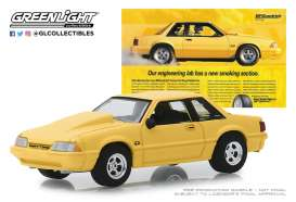 Ford  - Mustang 1988 yellow - 1:64 - GreenLight - 30062 - gl30062 | The Diecast Company