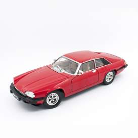 Jaguar  - XJS 1975 red - 1:18 - Lucky Diecast - 92658 - ldc92658r | The Diecast Company