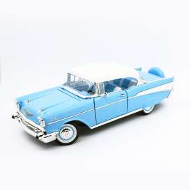 Chevrolet  - Bel Air hardtop 1957 blue/white - 1:18 - Lucky Diecast - 92109 - ldc92109bw | The Diecast Company