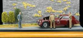 Alfa Romeo  - 8C 2900B dark red - 1:18 - CMC - A017 - cmcA017 | The Diecast Company