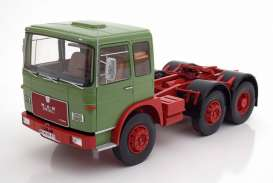 MAN  - 16304 F7 1972 green/red - 1:18 - Road Kings - 180052 - rk180052 | The Diecast Company