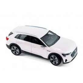 Audi  - e-tron 2019 white metallic - 1:18 - Norev - 188310 - nor188310 | The Diecast Company