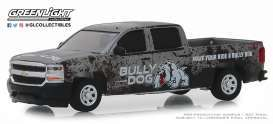 Chevrolet  - Silverado 2018 grey - 1:64 - GreenLight - 30084 - gl30084 | The Diecast Company