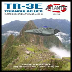 Planes  - TR-3E Triangular UFO  - Atlantis - AMC1004 - AMC1002 | The Diecast Company