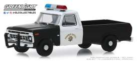 Ford  - F-100 1975 white/black - 1:64 - GreenLight - 30085 - gl30085 | The Diecast Company