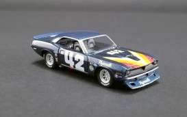 Plymouth  - Trans Am Barracuda #42 1970 blue - 1:64 - Acme Diecast - 51264 - acme51264 | The Diecast Company