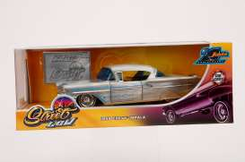 Chevrolet  - Bel Air 1958 chrome/blue - 1:24 - Jada Toys - 45000 - jada45000 | The Diecast Company