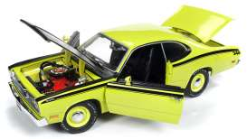Plymouth  - Duster 1971 yellow - 1:18 - Auto World - 1154 - AMM1154 | The Diecast Company