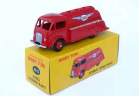 Ford  - Citerne red - 1:43 - Magazine Models - 2576014 - magDT2576014 | The Diecast Company