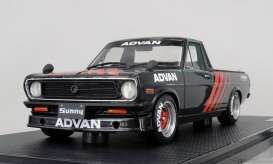 Nissan  - Sunny Truck Long black - 1:18 - Ignition - IG1437 - IG1437 | The Diecast Company