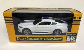 Shelby  - GT350 2016 white/blue - 1:43 - Shelby Collectibles - 14316wh - shelby14316wh | The Diecast Company