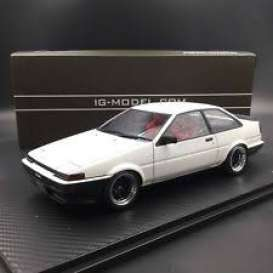 Toyota  - Sprinter white - 1:18 - Ignition - IG0549 - IG0549 | The Diecast Company