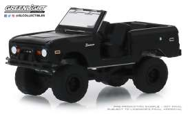 Ford  - Bronco 1969 black - 1:64 - GreenLight - 27990B - gl27990B | The Diecast Company