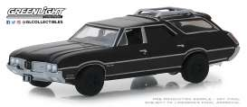 Oldsmobile  - Vista Cruiser 1970 black - 1:64 - GreenLight - 27990C - gl27990C | The Diecast Company