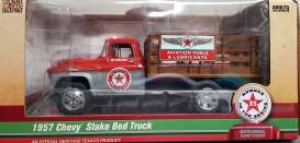 Chevrolet  - Tow Truck *Texaco* 1957 silver/red - 1:25 - Auto World - CP7506 - AWCP7506 | The Diecast Company