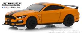 Ford  - Shelby GT350R 2019 orange - 1:64 - GreenLight - 13250F - gl13250F | The Diecast Company