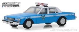 Chevrolet  - Caprice  1990 blue/white - 1:64 - GreenLight - 42890C - gl42890C | The Diecast Company