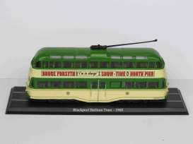 Blackpool   - Balloon Tram 1960 green/creme - 1:72 - Magazine Models - 4648101 - magBUS4648101 | The Diecast Company