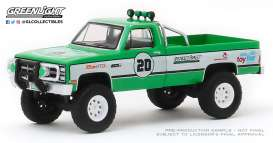 GMC  - K-2500 1981 green - 1:64 - GreenLight - 30102 - gl30102 | The Diecast Company