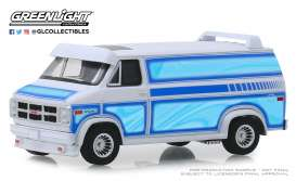 GMC  - Vandura 1983 white - 1:64 - GreenLight - 30094 - gl30094 | The Diecast Company