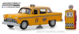 Checker  - Motors 1978 yellow - 1:64 - GreenLight - 97070E - gl97070E | The Diecast Company