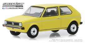 Volkswagen  - Golf Mk1 1974 yellow - 1:64 - GreenLight - 28000C - gl28000C | The Diecast Company