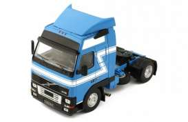 Volvo  - FH12 blue/white - 1:43 - IXO Models - tr018 - ixtr018 | The Diecast Company