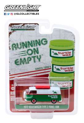 Volkswagen  - Type 2 Panel Van 1972 green/white - 1:64 - GreenLight - 41090D - gl41090D | The Diecast Company