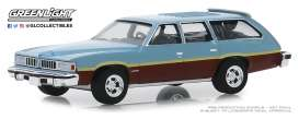 Pontiac  - LeMans Safari 1977 blue-brown - 1:64 - GreenLight - 29970D - gl29970D | The Diecast Company