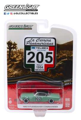 Studebaker  - Commander 1953 green - 1:64 - GreenLight - 13260C - gl13260C | The Diecast Company