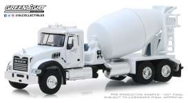 Mack  - Granite 2019 white - 1:64 - GreenLight - 45080B - gl45080B | The Diecast Company