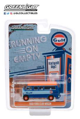 Ford  - Club Wagon 1968 blue/orange - 1:64 - GreenLight - 41100B - gl41100B | The Diecast Company