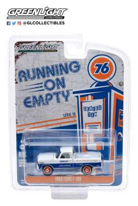 Ford  - F-100 1968 white/blue - 1:64 - GreenLight - 41100C - gl41100C | The Diecast Company