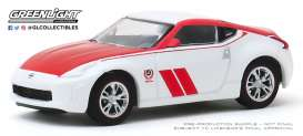 Nissan  - 370Z 2020 white/red - 1:64 - GreenLight - 47060F - gl47060F | The Diecast Company