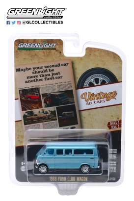 Ford  - Club Wagon 1968 blue - 1:64 - GreenLight - 39030C - gl39030C | The Diecast Company